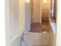 8-realizzazione-pareti-a-tadelakt-e-pavimento-in-pastellone